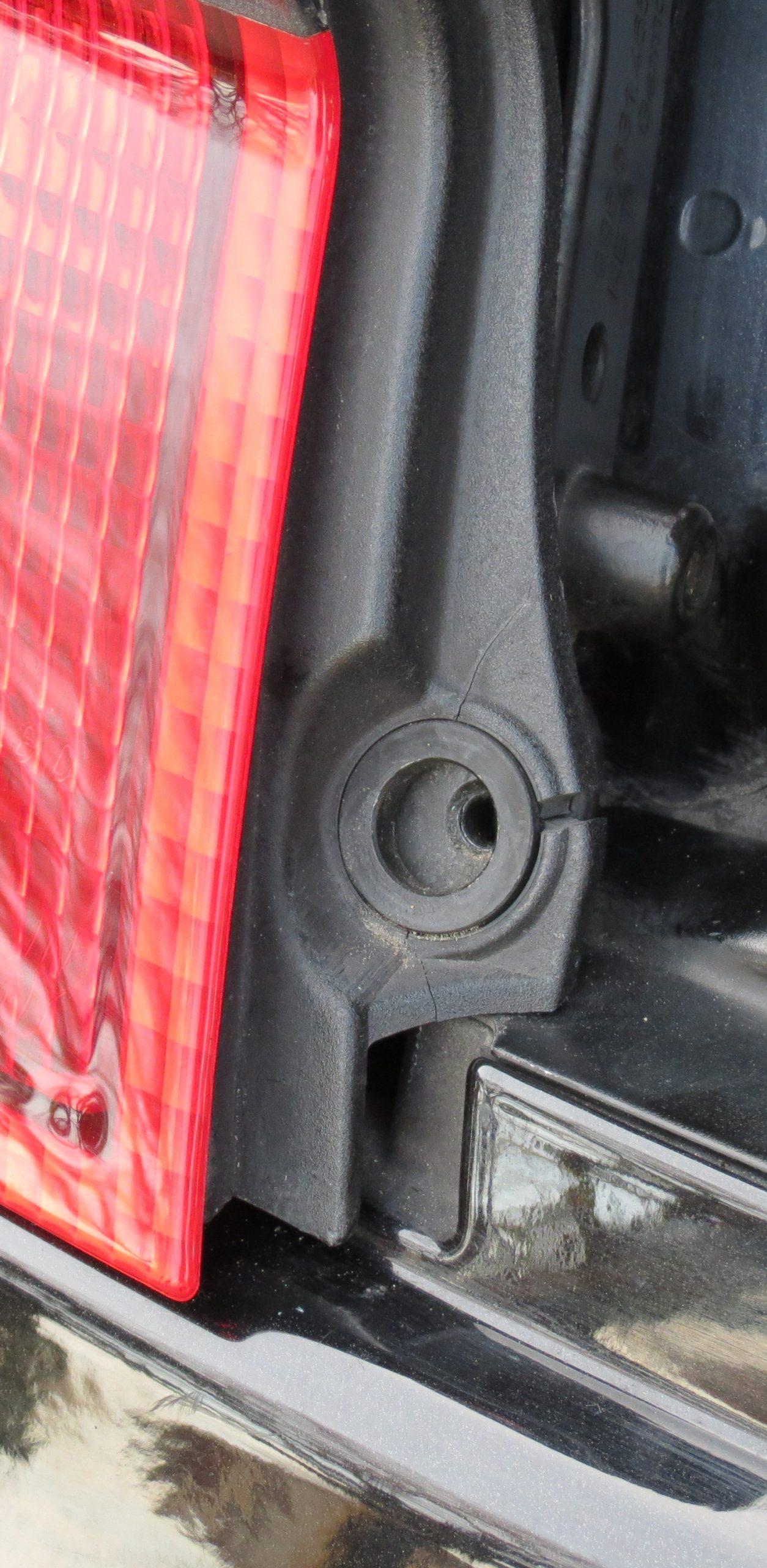 before left tail light 996 turbo